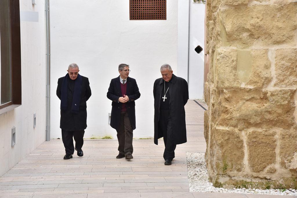 Obispado y Cabildo Catedral de Córdoba elogian la nueva imagen del Palacio de Congresos