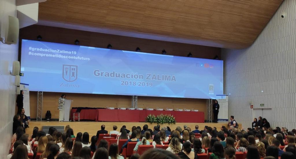 Alumnado de Bachillerato y Ciclos Formativos del centro educativo Zalima celebran su graduación en el Palacio de Congresos
