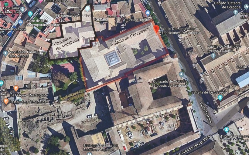 El Palacio de Congresos informa de que sus clientes descartan el Teatro Cómico como solución a los problemas de espacio para sus eventos