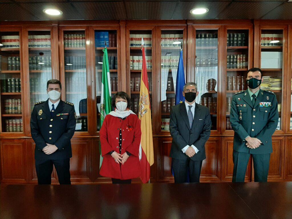 La Subdelegación del Gobierno, Policía Nacional y Guardia Civil se adhieren al programa Embajadores de Córdoba